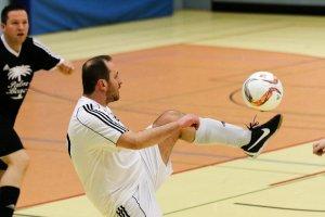 Ziemlich beste Freunde. Thomas Schweda und der Ball.